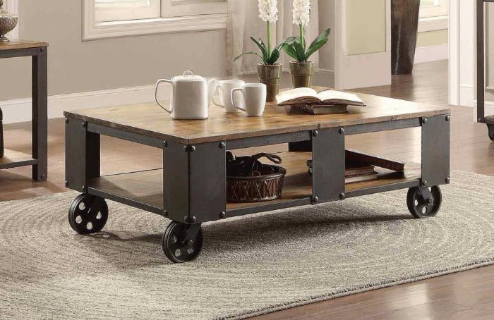 table basse industrielle bois et métal en roulettes