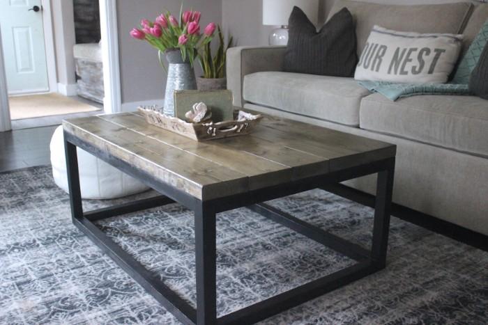 table basse industrielle bois et métal