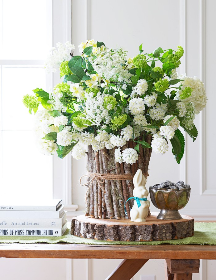 vase en bois déco de pâques