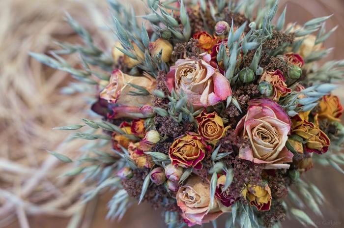 bel bouquet de fleurs séchées