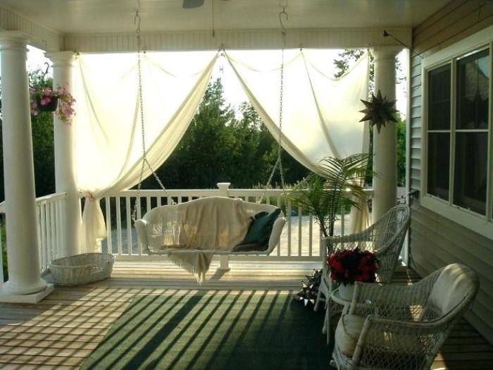 brise-vue terrasse rideaux blancs