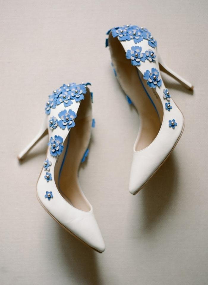 chaussures mariage femme idée avec des fleurs