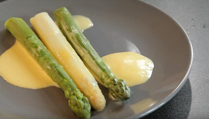 cuisson asperges blanches et sauce hollandaise