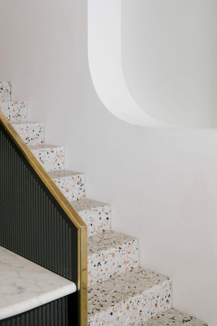 décoration intérieur escalier design terrazzo
