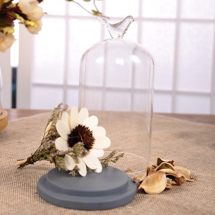 fleurs séchées idée avec cloche