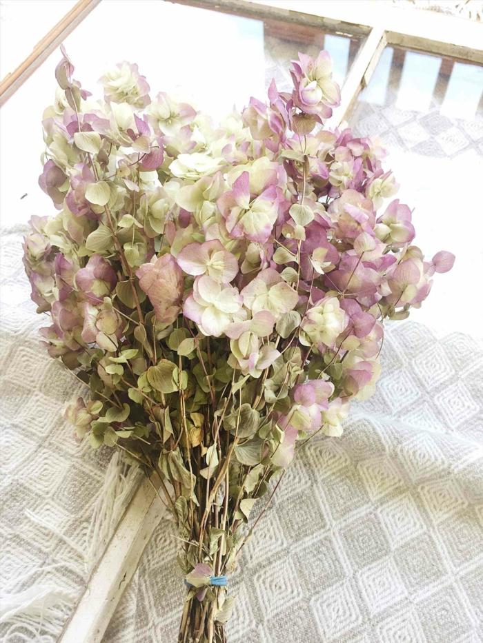 fleurs séchées idée de bouquet