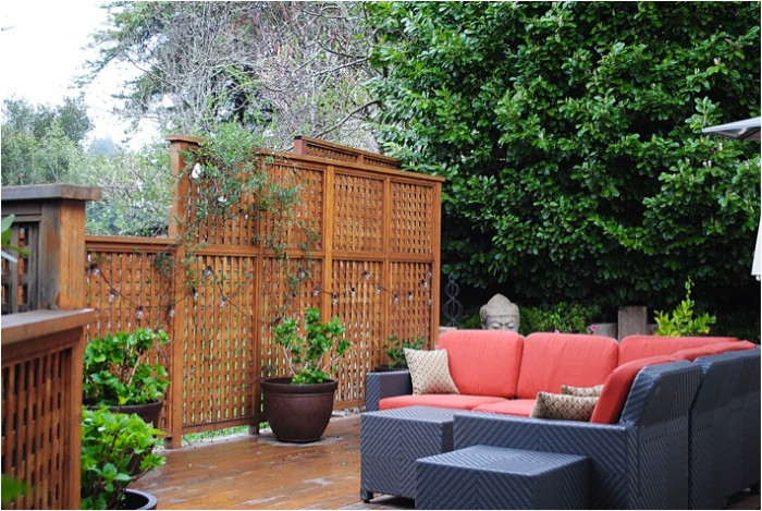idée de brise-vue en bois salon de jardin