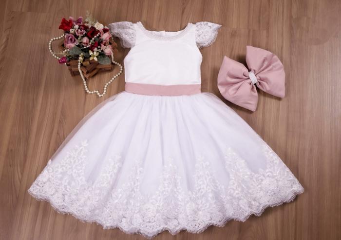 robe demoiselle d 39 honneur id es comment habiller les petites filles du mariage. Black Bedroom Furniture Sets. Home Design Ideas