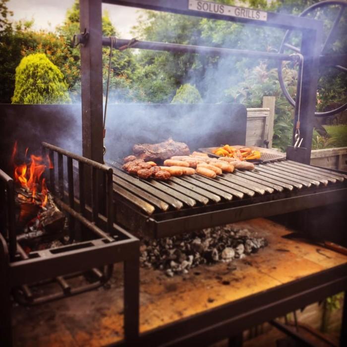 modèle de brasero barbecue métallique