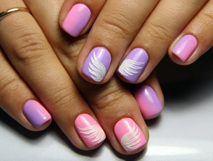 nail art facile cpmbinaison violet et rose