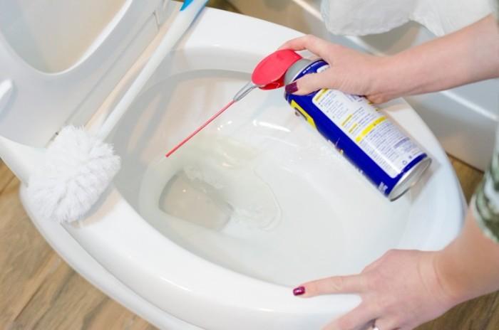 nettoyer la cuvette des toilettes dégrippant wd40