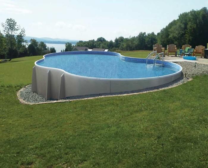 piscine semi-enterrée mosaïque