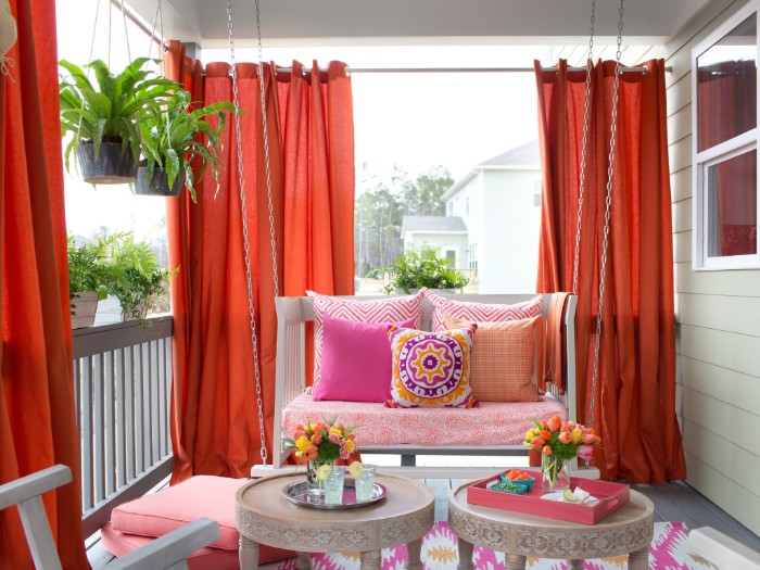 rideaux rouges brise-vue balcon