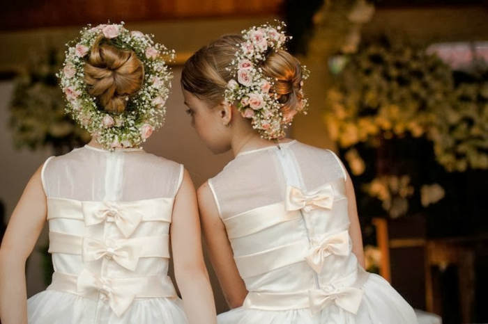 robe demoiselle d' honneur idée avec une belle couronne de fleurs