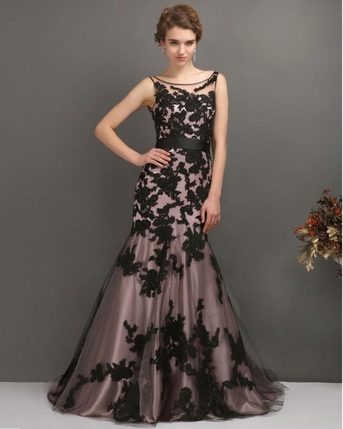 tenue invitée mariage robe fleurs noires