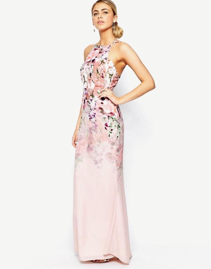 tenue invitée mariage robe longue rose pâle