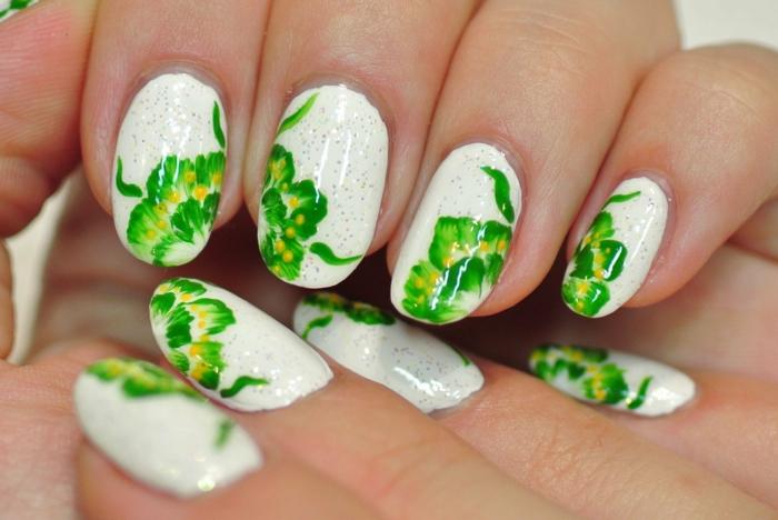 vert nail art facile