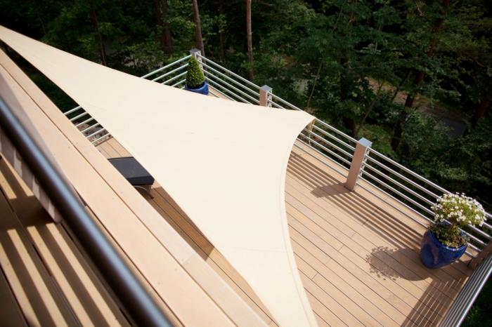voile d' ombrage idée pour votre balcon