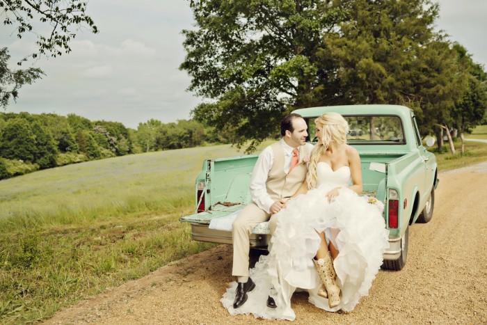 voiture de mariage mariage champêtre
