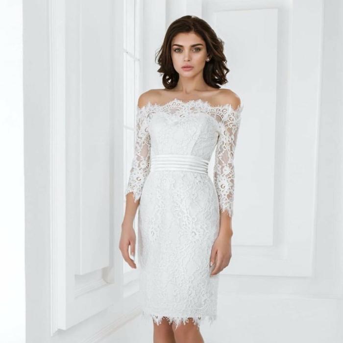 épaules nues robe de mariée courte en dentelle