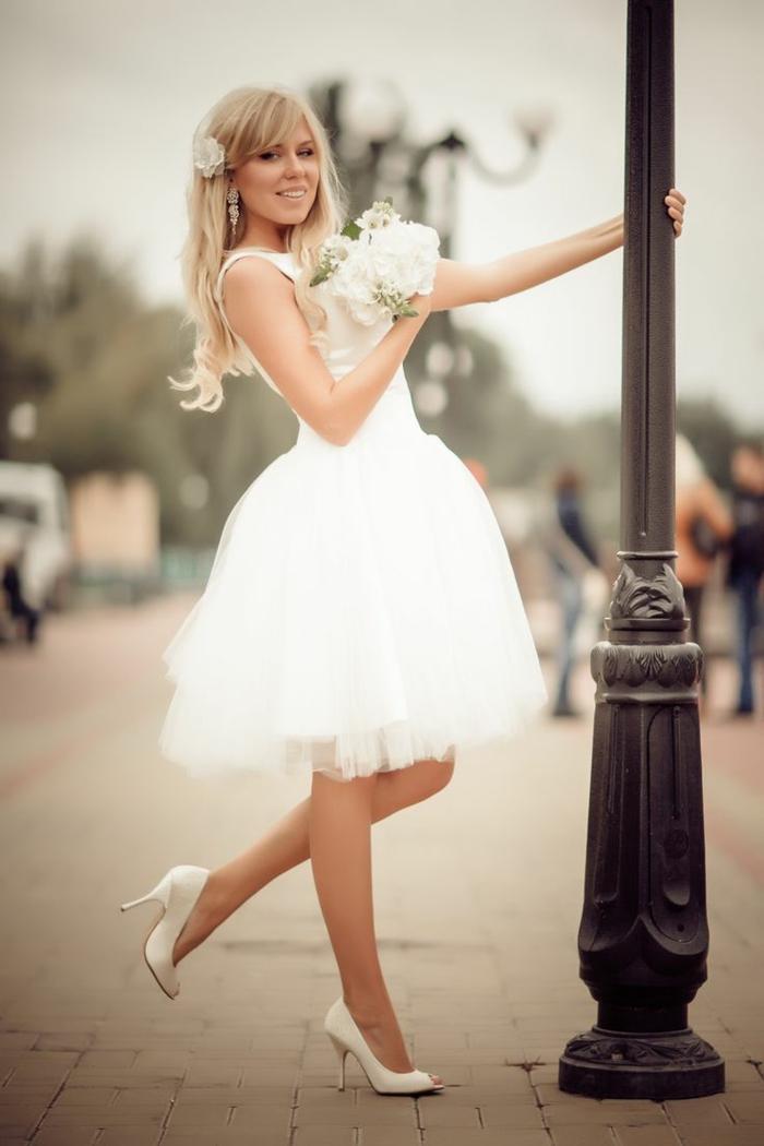 belle robe de mariée courte