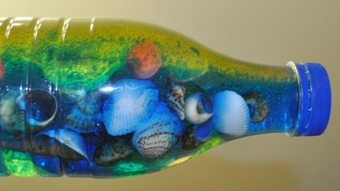 bouteille sensorielle bord de mer coquillages