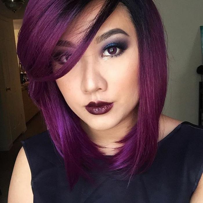 coiffure cheveux prune foncé frange longue