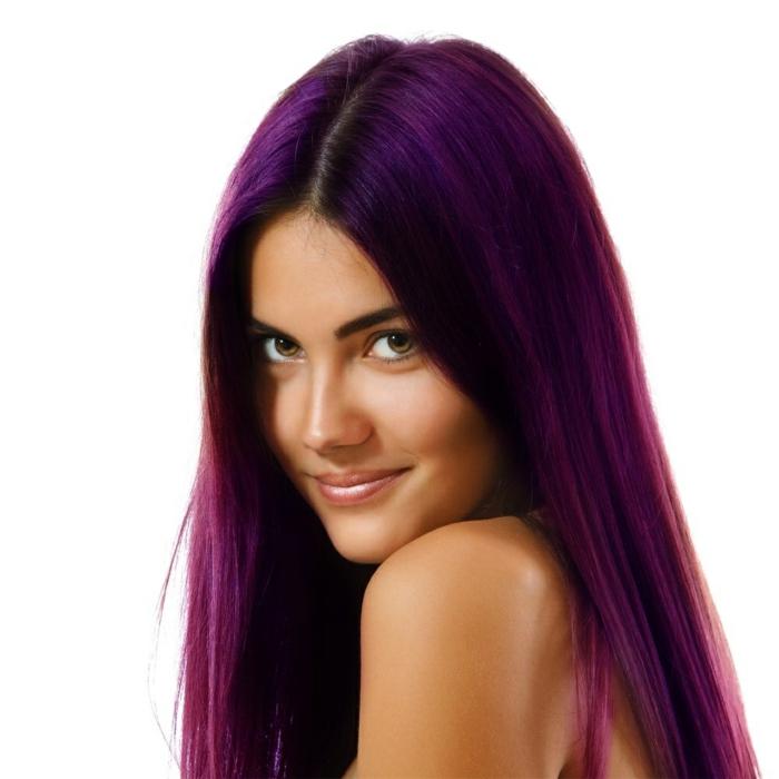 couleur intense cheveux prune foncé