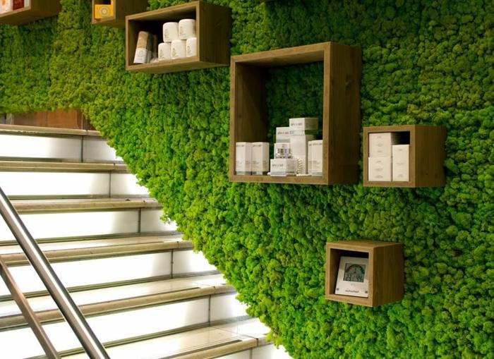 déco escalier mousse végétale
