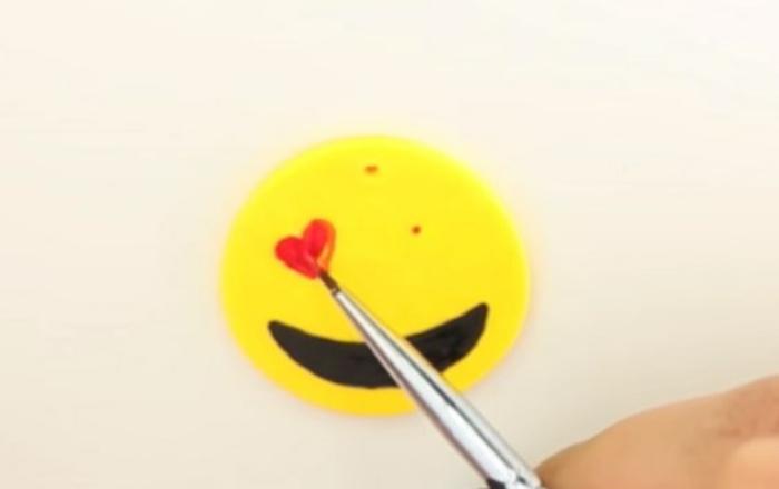 emoji diy avec pâte fimo