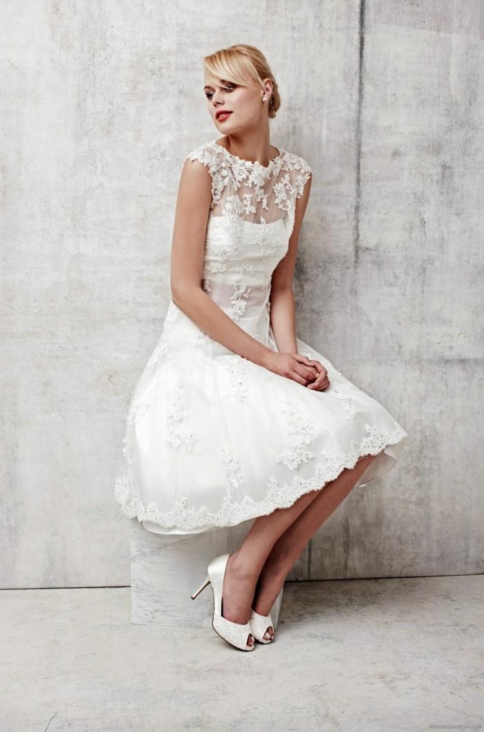 modèle robe de mariée courte pour l'été (2)