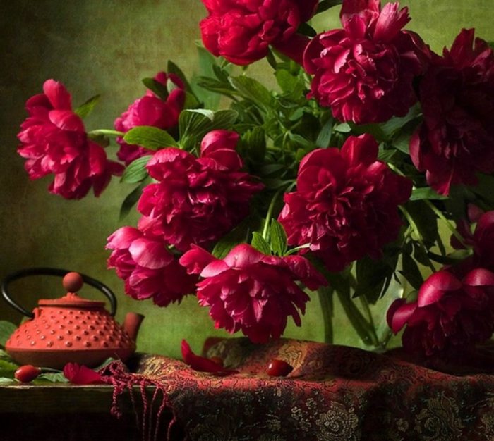 pivoine couleur rouge déco table