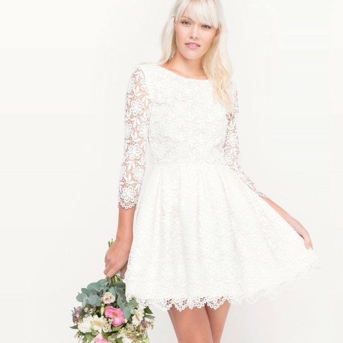 robe de mariée courte en dentelle