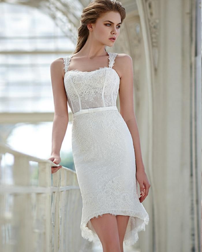 robe de mariée courte modèle dentelle