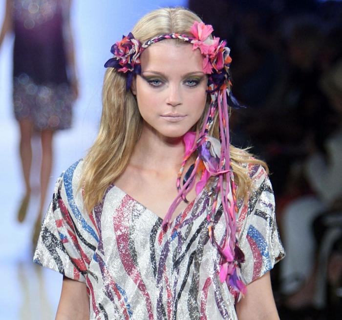 accessoires cheveux à porter avec la robe longue bohème