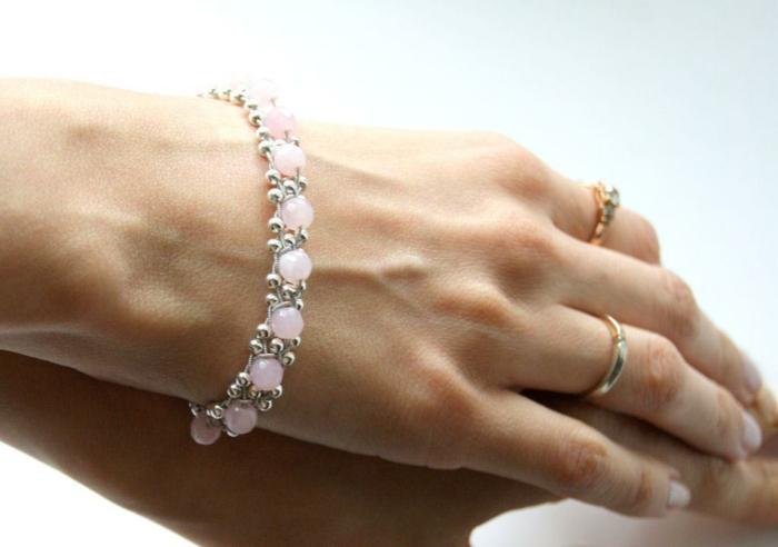 bracelet en rose quartz lithothérapie