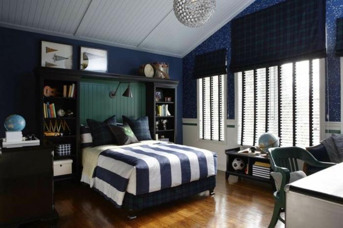 chambre déco en couleur indigo parquet de bois