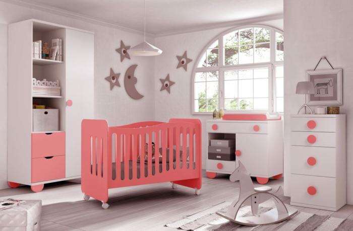 chambre d'enfant couleur corail et gris