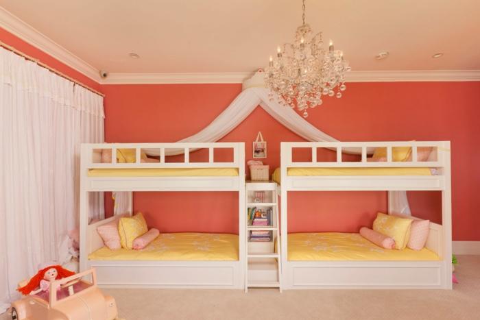 chambre d'enfant lits superposés peinture murale couleur corail
