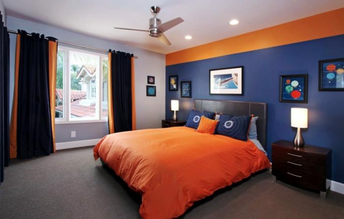 chambre en noir orange et couleur indigo