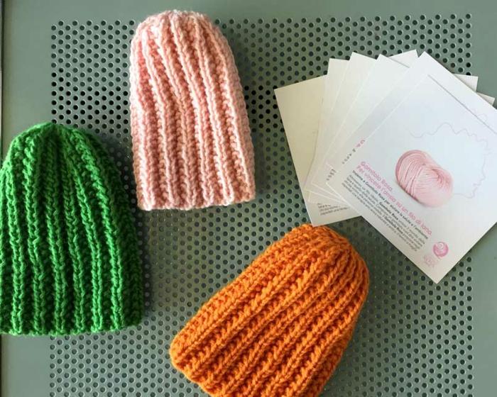 chapeux colorés tricothérapie