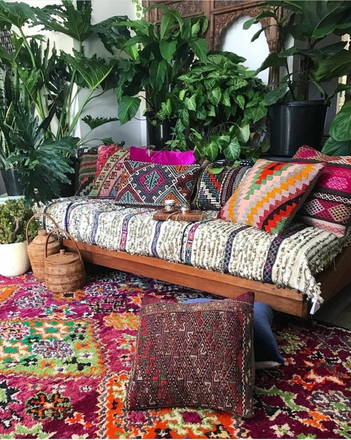 déco berbère tissus marocains colorés