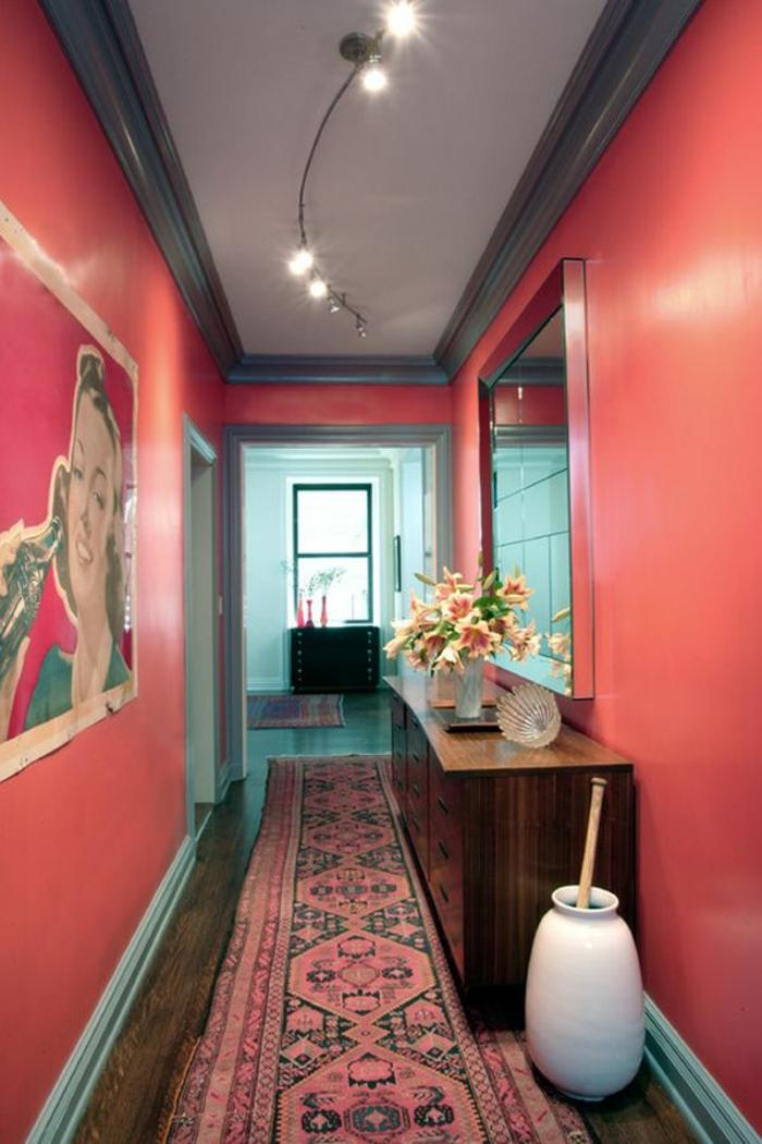 déco couloir couleur corail