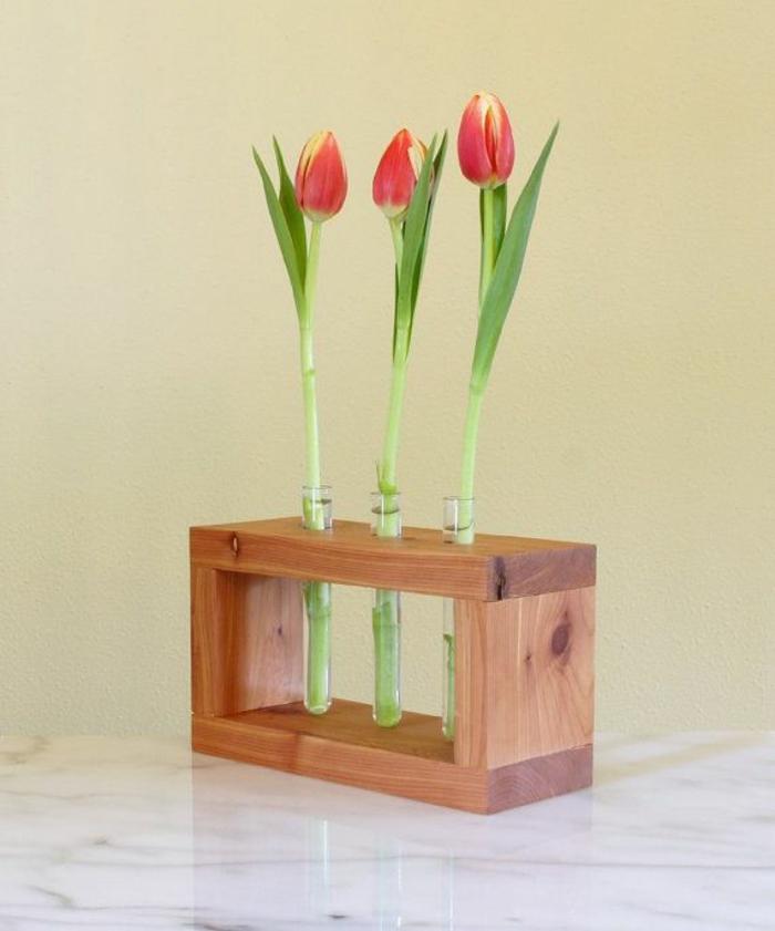 déco de table vase soliflore en verre et bois