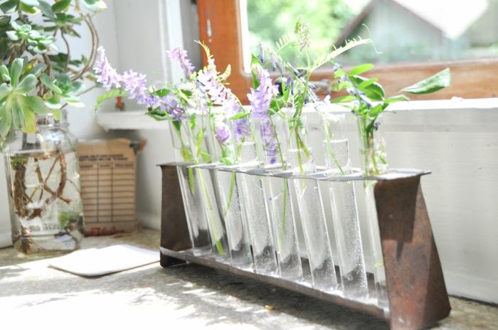déco fenêtre vase soliflore avec support