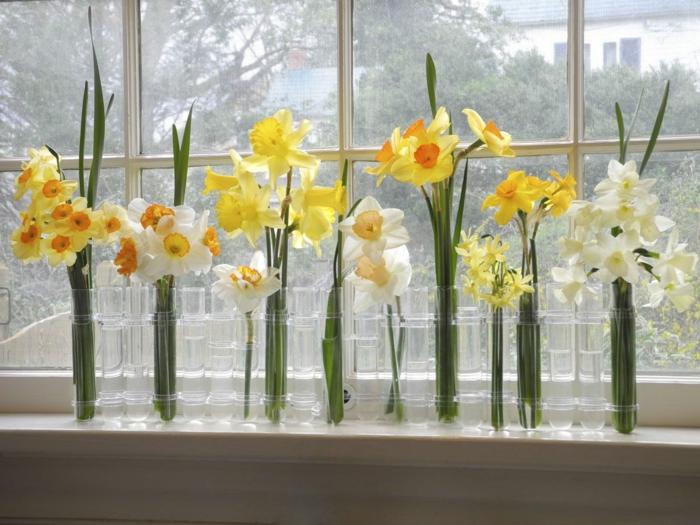 déco fenêtre vase soliflore