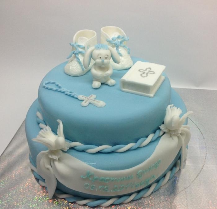 décoration baptême idée gâteau enfant