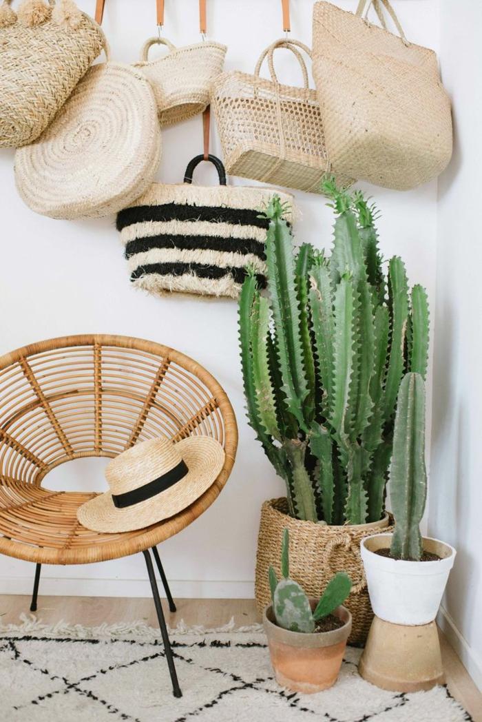 décoration mexicaine avec des chapeaux en paille
