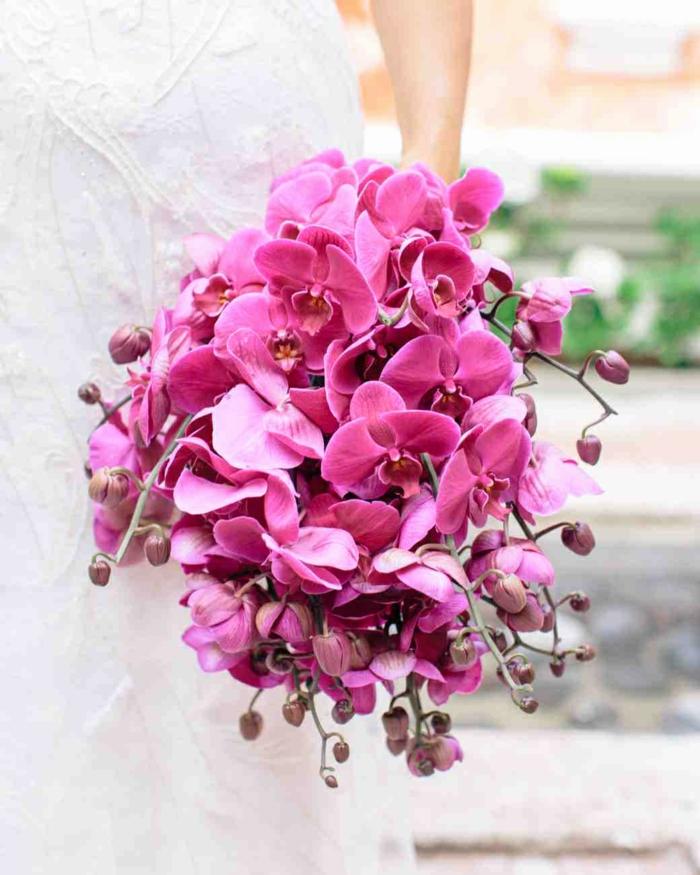 idée bouquet mariage avec orchidée