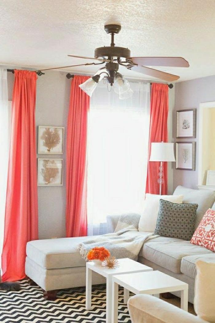 idée déco salon rideaux en couleur corail